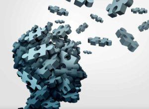 An Alzheimer erkrankt? Hausmittel können Alzheimer definitiv nicht heilen. Wir können dir allerdings jede Menge gute Tipps mit auf den Weg geben um dein Gedächtnis zu trainieren und dich Fit zu halten. © freshidea