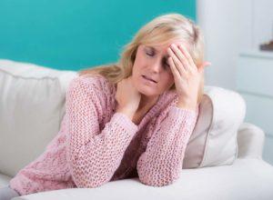 Hitzewallungen? Unsere Hausmittel helfen dir bei der Behandlung. © Picture-Factory