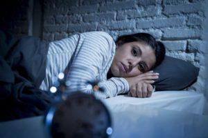 Schlaflosigkeit mit Hausmitteln behandeln