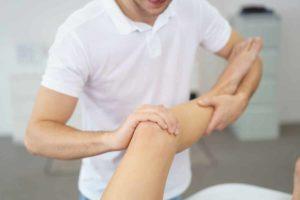 Wasser in den Beinen mit Hausmitteln behandeln