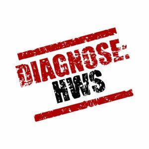 HWS Syndrom? Mach dir keine Sorgen. Mit unseren Hausmitteln kannst du schnell mit einer unterstützenden Behandlung beginnen. © WoGi