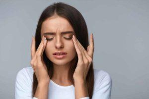 Müde Augen mit Hausmitteln behandeln