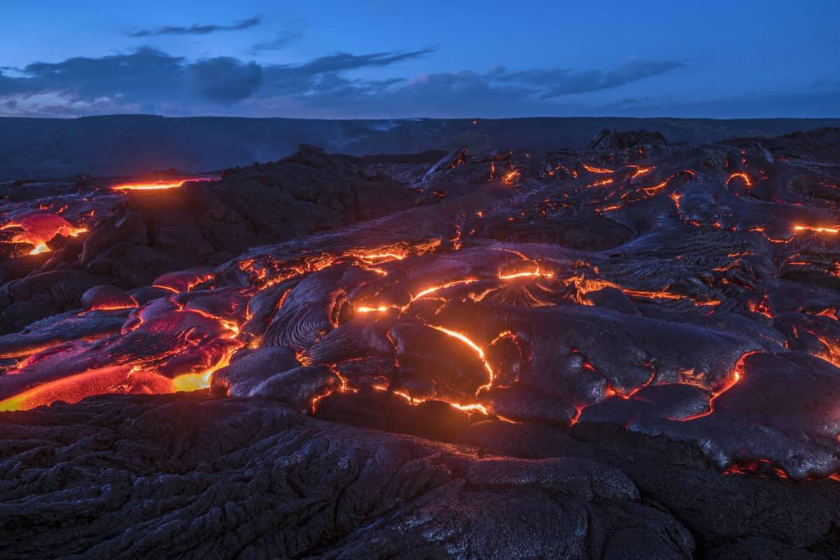 Erfahre mehr über Hekla Lava und die heilende Wirkung bei Krankheiten wie Exostose und Knochenentzündung. Fotolia © cherylvb