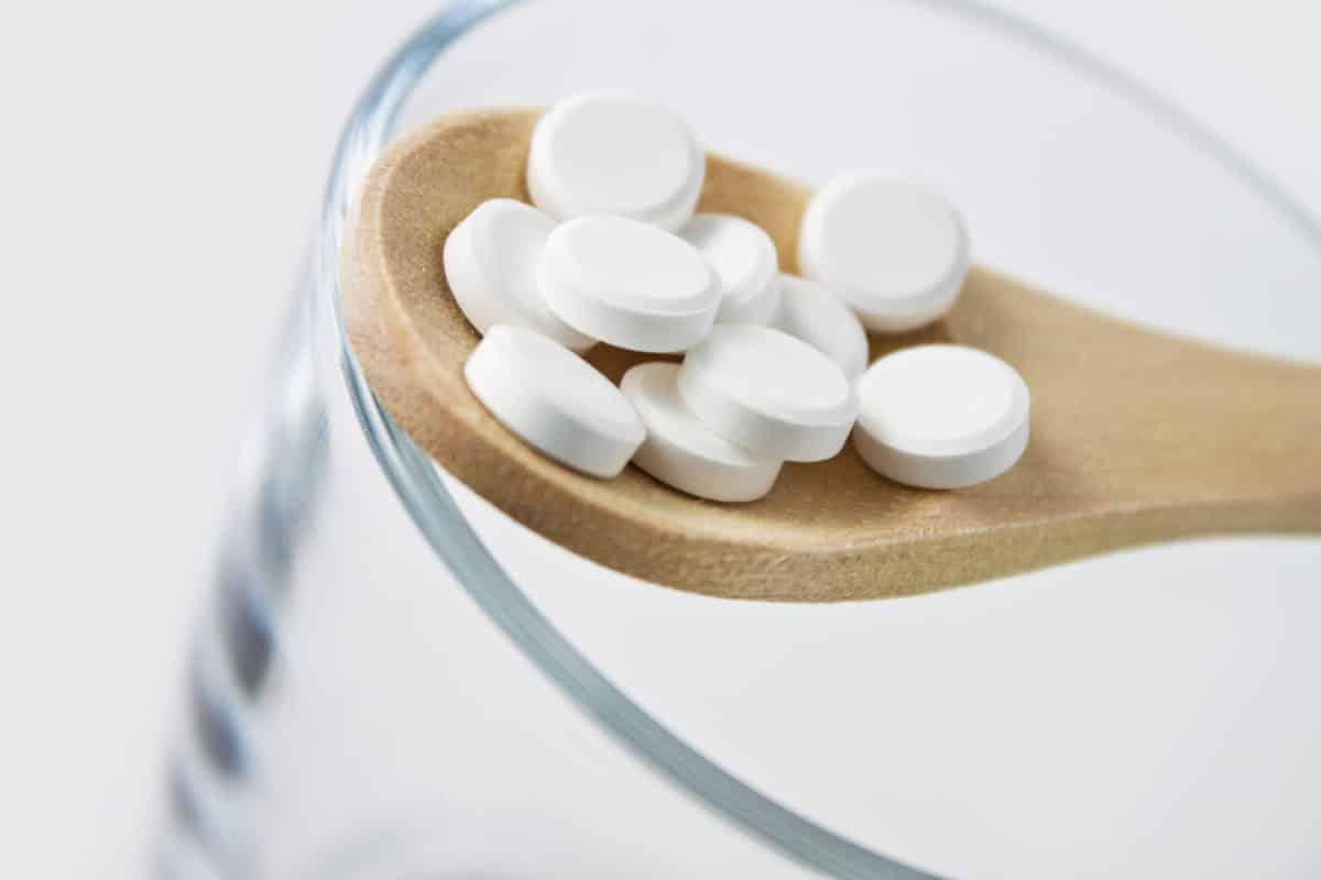 Erfahre mehr über Magnesium phosphoricum und die heilende Wirkung bei Krankheiten wie Blähungen, Krämpfe und Neuralgien. Fotolia © PhotoSG