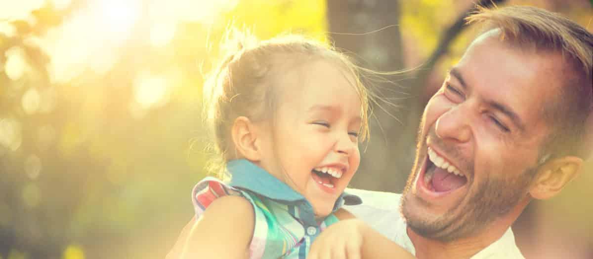 Erfahre mehr über Homöopathie für Kinder. Fotolia © Subbotina Anna