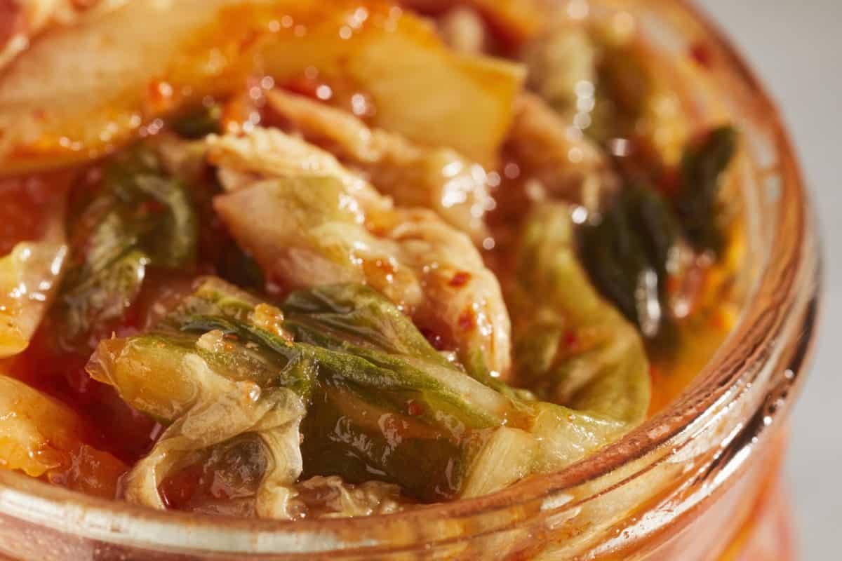 Erfahre mehr über Kim-Chi-Suppe und wie Sie gegen Erkältungskrankheiten wirkt. Fotolia © Brian Yarvin