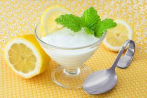 Zitronenmelissensalbe gegen Herpes