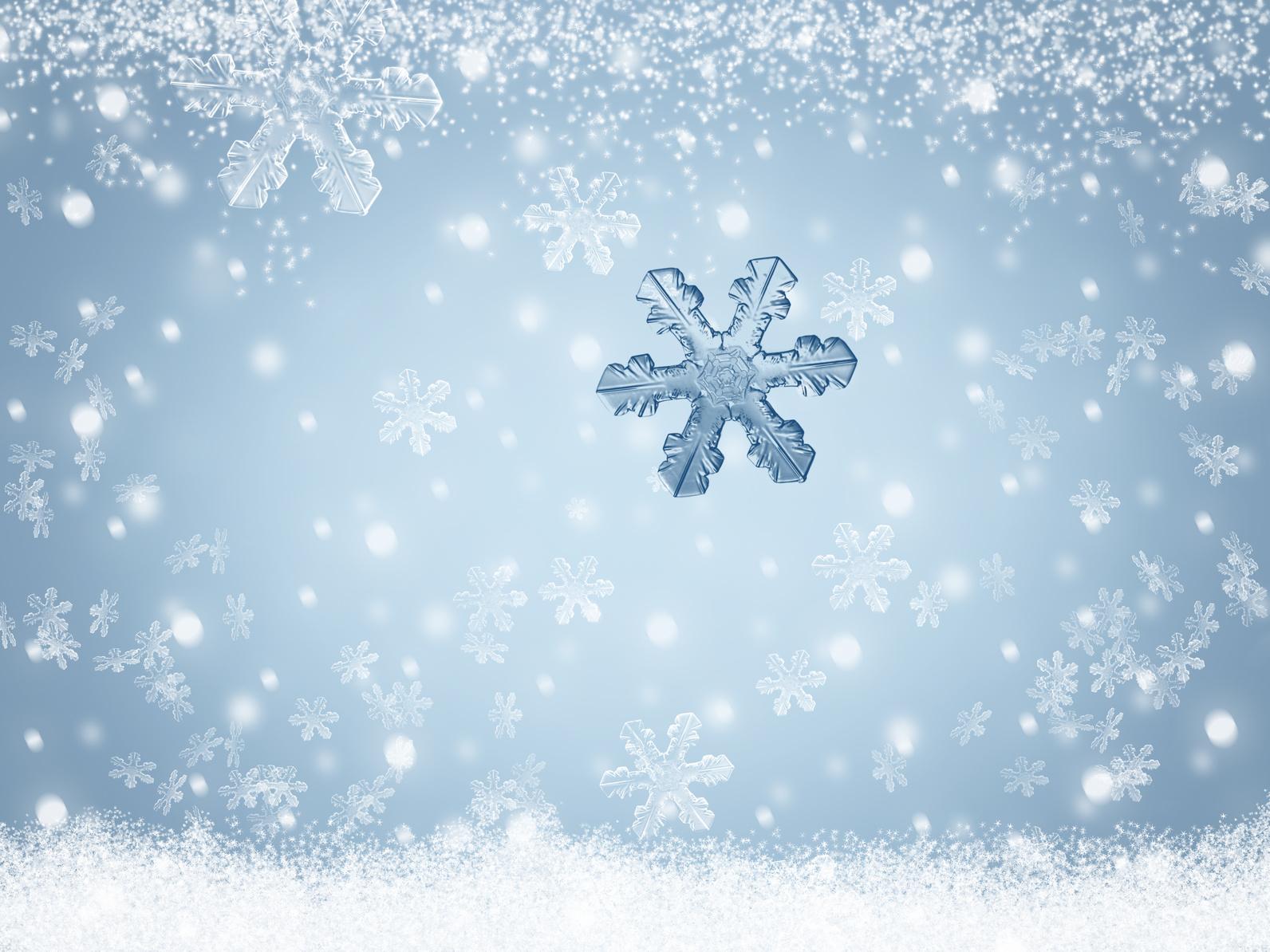 Erfahre mehr über Krankheiten im Winter und wie dir die Homöopathie, Naturheilkunde und unsere Hausmittel beim gesund werden helfen können. Fotolia © ladavie